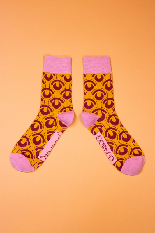 Men's Socks Art Deco Scallops - Ochre